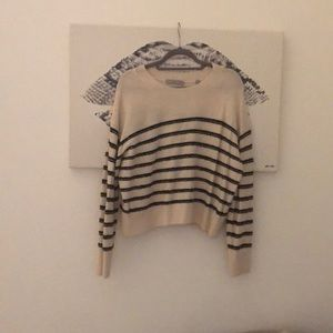 Brand new super soft Vince wool sweater